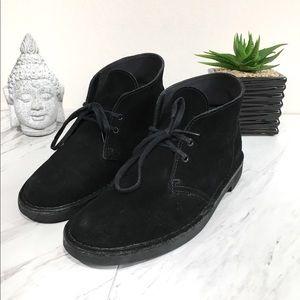 Clarks Men's Bushacre 2 Suede Chukka Black Boot